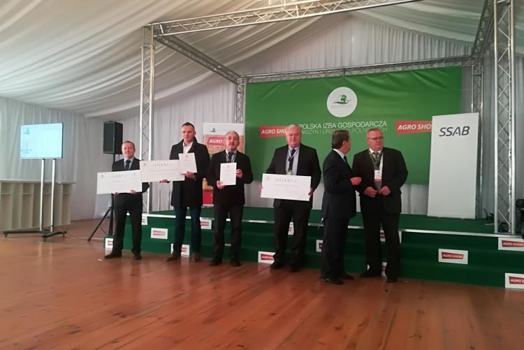 "laureaci konkursu ""Serwis na Medal 2017"""